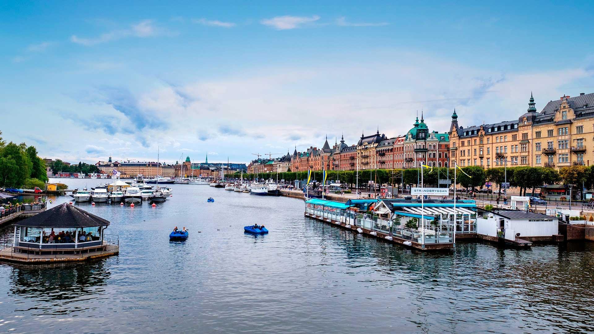Escandinavia, Bálticos & Rusia