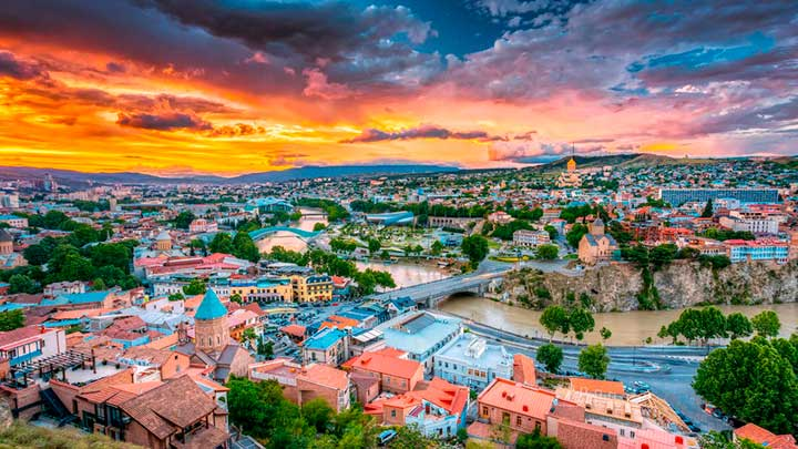 Azerbaiyan Georgia & Armenia salidas grupales agencia de viajes argentina